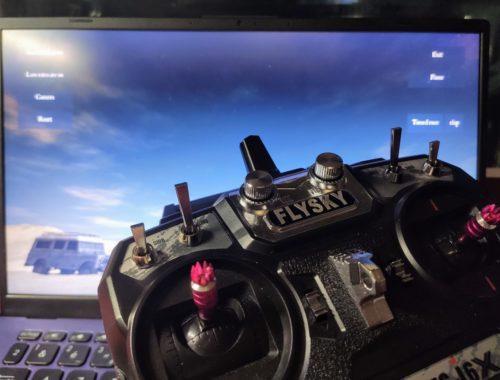 Piloter un drone avec un simulateur de vol